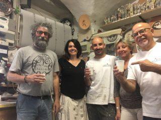 Angelo Zilio e Mara De Fanti nella bottega Le Ceramiche Il Tondo di Celle di Marcello e Andrea Mannuzzo